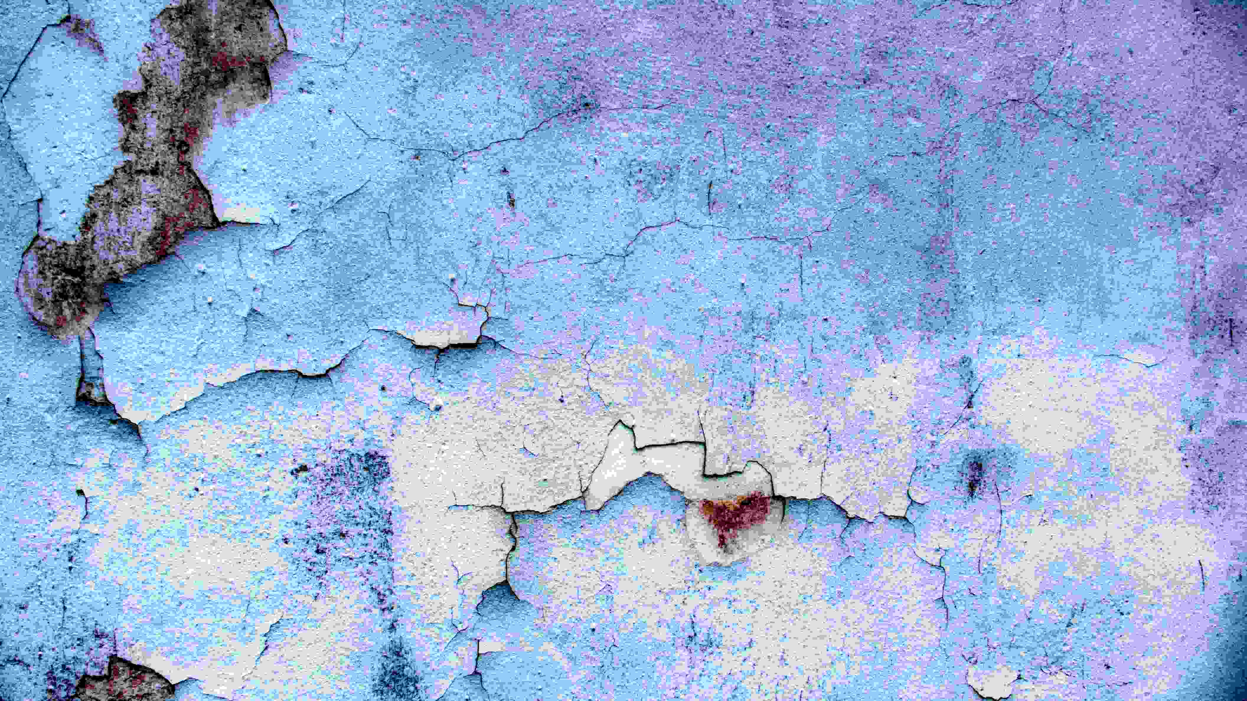 Blue Wall Crack